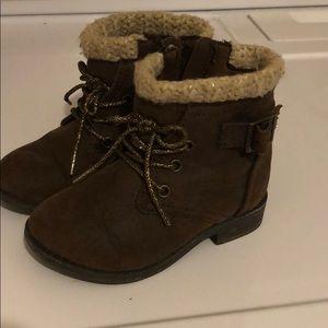 Garanimal size 6 baby girl boots